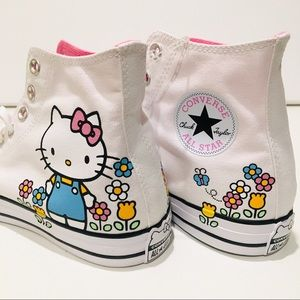 Hello Kitty X Converse hi top sneakers size 11